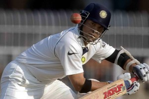 5.3.6_cricket_England tour of India, 2006_India v England. 1st Test, VCA Stadium, Nagpur. Day 5_sachin tendulkar plays flintoff.