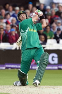 85.6.9_cricket icc world twenty20 england 09_semi final_pakistan v south africa, trent bridge_jaques kallis hits out.